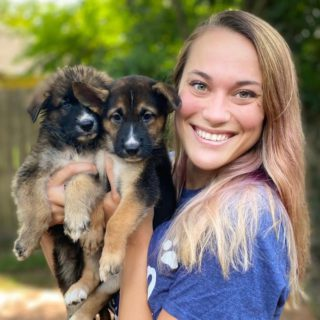 caitie's foster fam with puppies