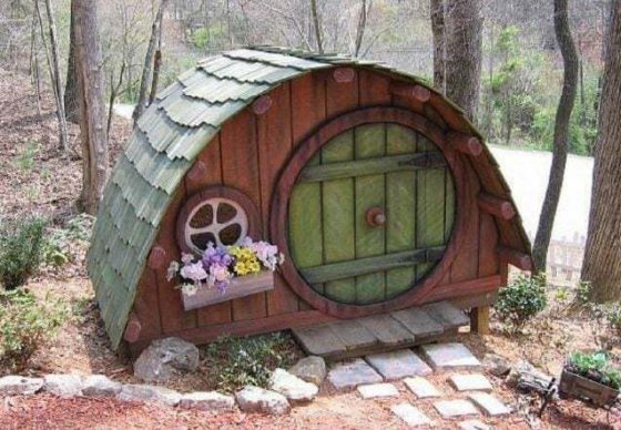 hobbit house for dogs